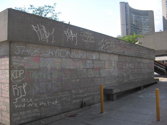 Jack Leyton memorials (1)